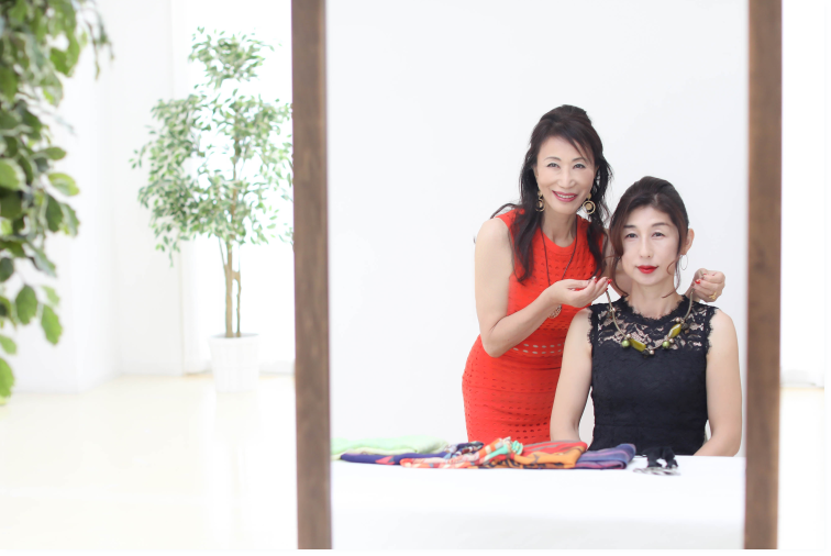 名古屋の株式会社あるく40代からのファッション&印象力アップレッスン
